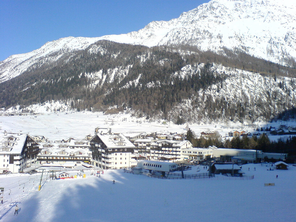 La Thuile Italy  city photos gallery : La Thuile ski | ski holidays in Italy